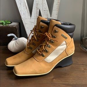 Timberland wedge leather boots 7.5